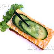 Бутерброд с сыром Мааздам, Мраморным сыром и овощами